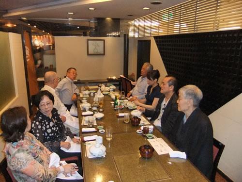 2011.8.27_kikujyukai_yukatakai_uchiage.jpg