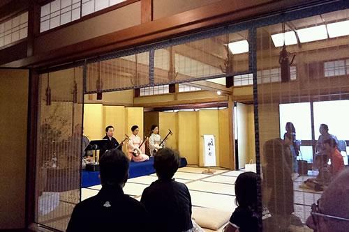 2011.9.10_issuikai_butai.jpg