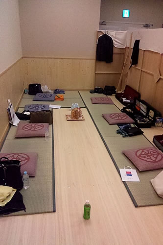 2013.6_kabukiza_gakuya.jpg